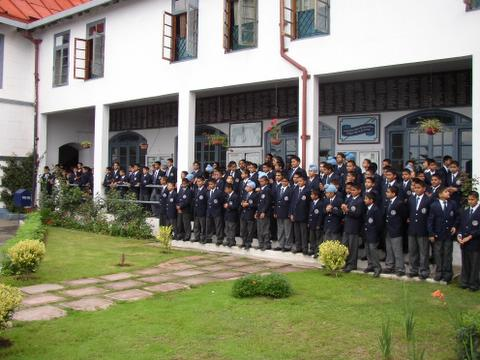 Students wait for the guests to arrive