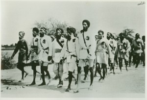 Volunteers marching resolutely to court arrest during the Guru ka Bagh protest. Photo courtesy Panjab Digital Library